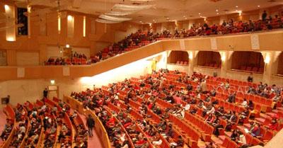 演奏大厅还设有五个欧式风格贵宾包厢